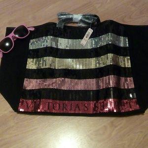 Nwt PINK Victoria Secret Bag & PINK Sunglasses